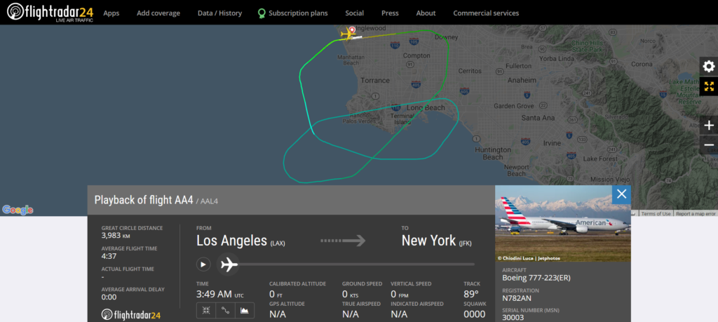 American Airlines flight AA4 from Los Angeles to New York returned to Los Angeles due to a pressurisation issue